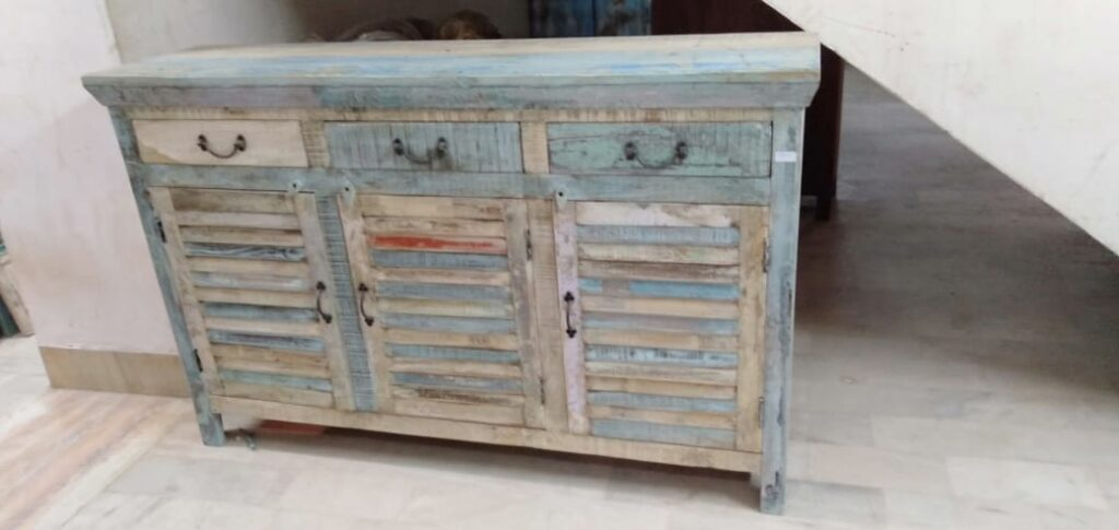 Antique Coloring Wooden Sideboard